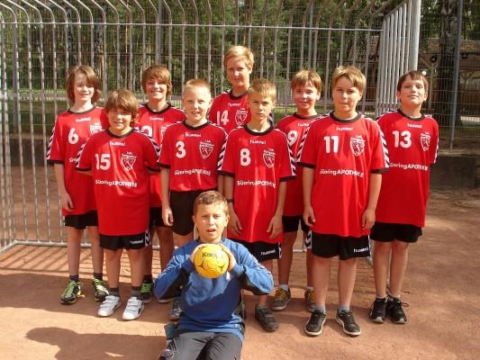 hinten: v.l.n.r.  Simon, Silas, Alexander, Julian, Tim vorn: v.l.n.r. Niels, Nico, Fabian, Roman Torwart: Calvin